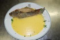 La tinca al forno con polenta, piatto tipico di Iseo e Clusane sul lago